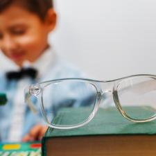 Lunettes étude vue chez enfant